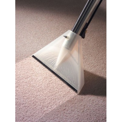 Pranie dywanów i wykładzin odkurzaczem George GVE370 Numatic